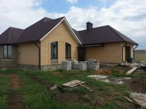 Готовый проект одноэтажного дома 150 м2 с гаражом. Фото объекта
